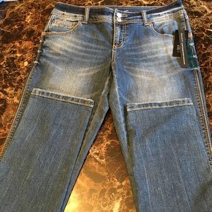 NWT INC skinny jeans. Size 6.